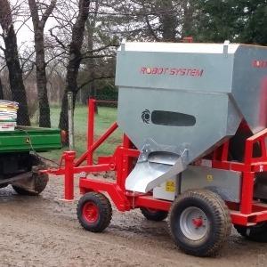 DP2000, Distributeur automatique d'aliment pour vache